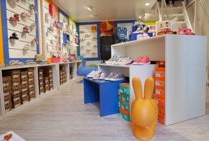 Negozio di scarpe per bambini Ticino